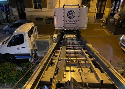 Verhuislift In Den Haag tijdens een verhuizing